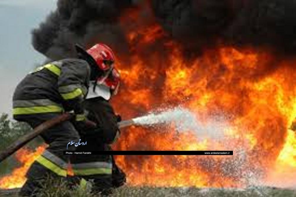 ۷۰۰ دانش آموز اردستانی آموزش اطفاء حریق را فرا گرفتند