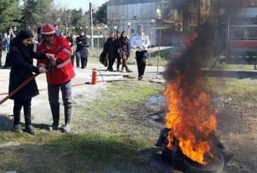 ۱۱۰۰ نفر آموزشهای مهار آتش را در زواره فرا گرفتند