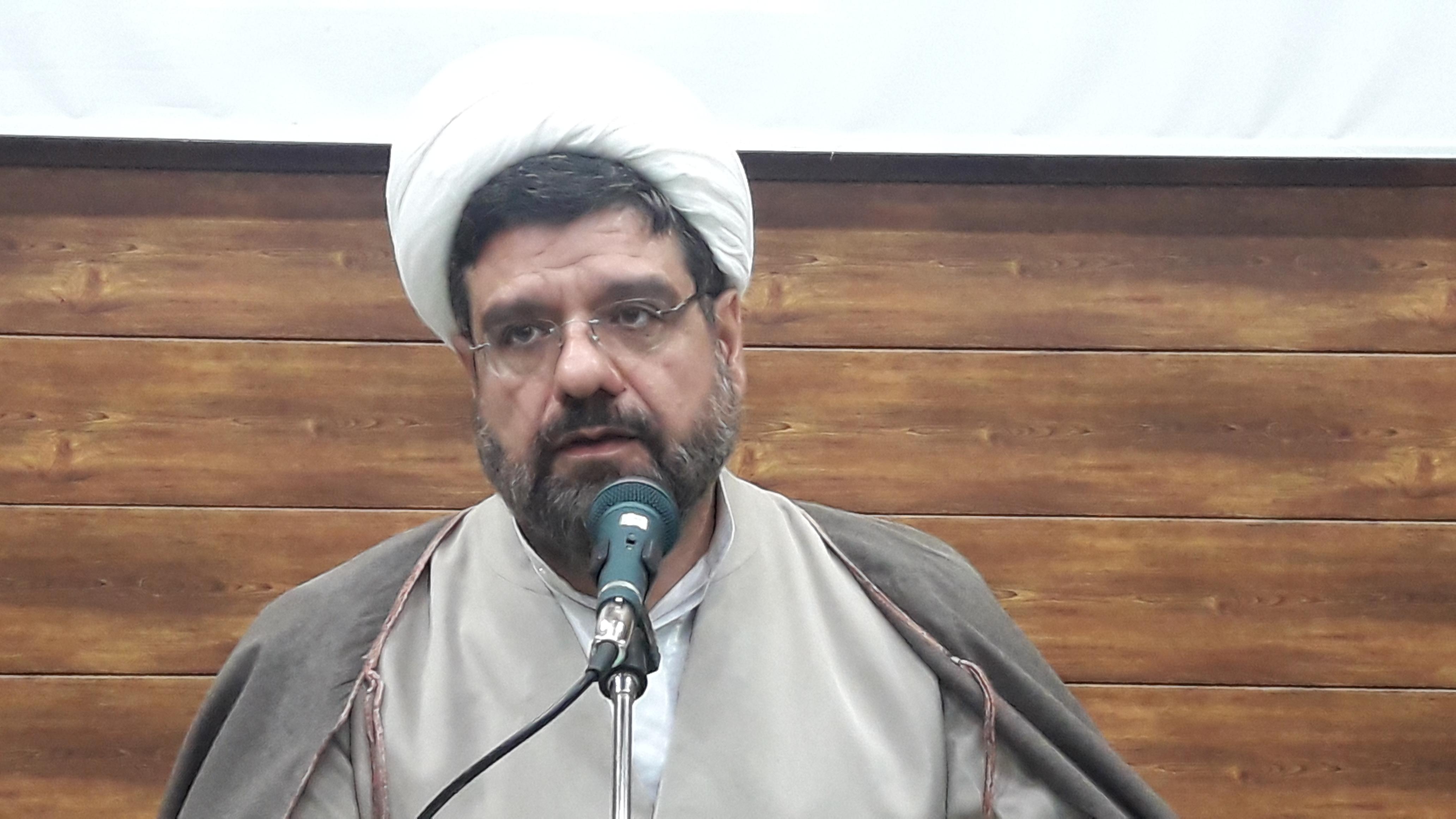 ۳۲۰۰ نشست نماز در استان اصفهان برگزار شده است