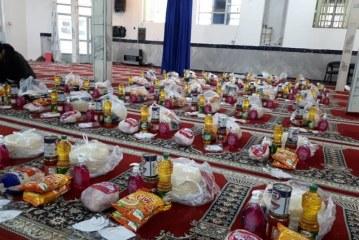 طلاب جهادی اردستان برای مقابله با کرونا حضور فعال دارند