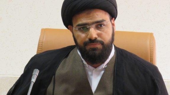 دشمن با تحریم نیروی انتظامی امنیت ما را نشانه رفته است