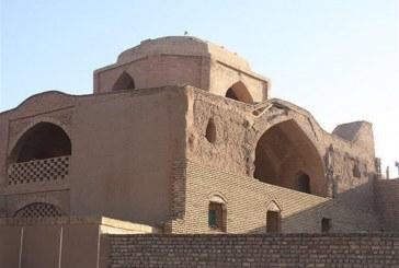 """""""مسجد خسرو"""" اردستان حال و روز خوشی ندارد/ چه کسی پاسخگوی تخریب این بنای ثبت ملی است؟"""
