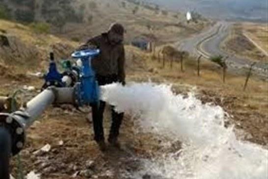 نصب کنتورهای حجمی در اردستان نارضایتی کشاورزان را به دنبال دارد