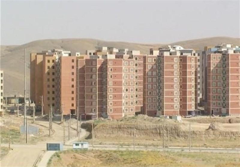 زندگی در مسکن مهر اردستان با اعمال شاقه/ساکنان مسکن مهر از ابتداییترین امکانات محروم هستند