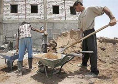 کارگران فصلی اردستان غوطهور در مشکلات/پیگیری مشکلات کارگران ساختمانی و فصلی کیست؟