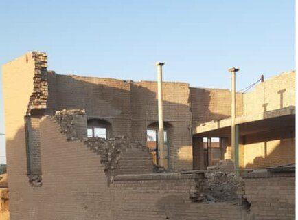 مسجد تاریخی اردستان(مهدیه) در گیر و دار بیمهری